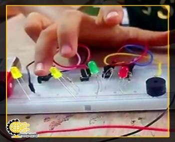 الکترونیک نوجوان